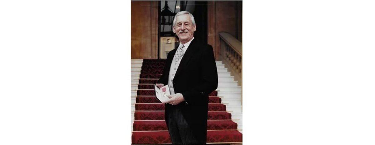 Geoffrey BEN Large